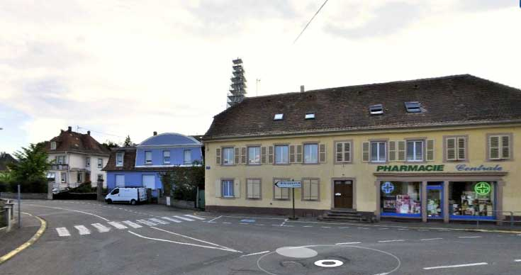 GO---1014940---PHARMACIE-CENTRALE-LOGELBACH---photo-avant---2012