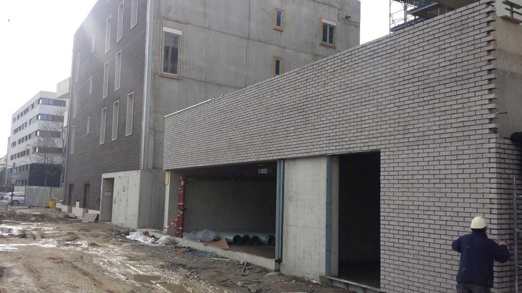 brique-de-parement---1018960---DANUBE---pose-de-briques---2014